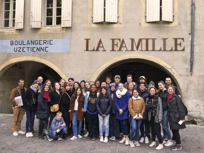 Avignon - La Famille